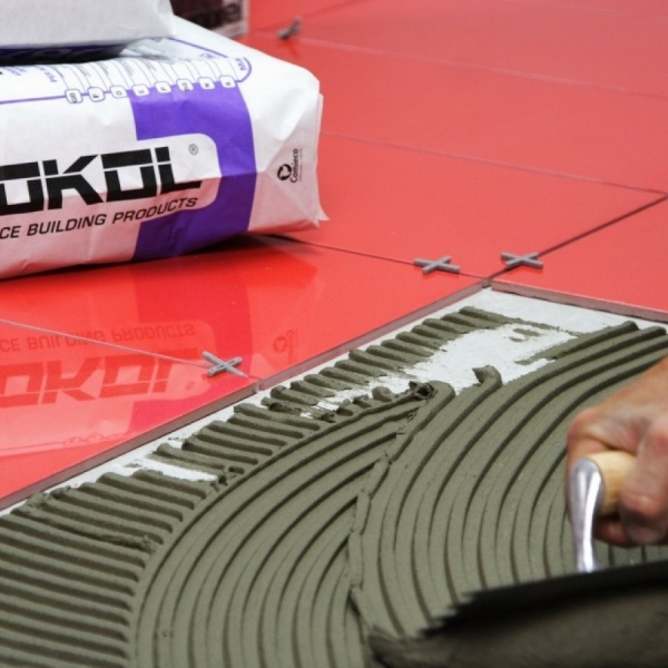 Клей для керамической плитки – обзор лучших производителей и свойства качественного состава (110 фото)