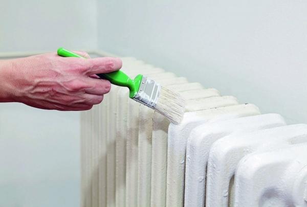 Краска по металлу: составы, варианты применения для наружных работ и предварительная обработка поверхностей (75 фото)