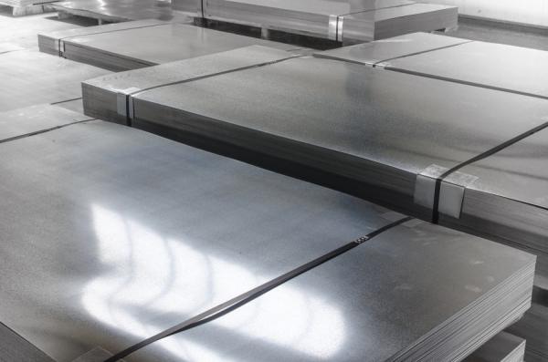 Лист горячекатаный: основные характеристики и применение в качестве стройматериала (90 фото)