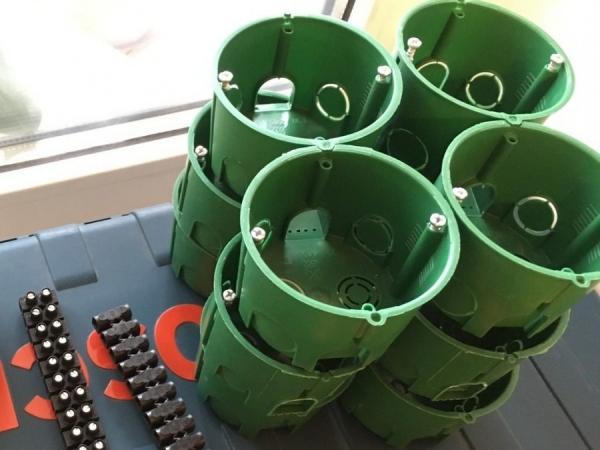 Подрозетники — грамотная установка, подбор размера и основные характеристики (115 фото)