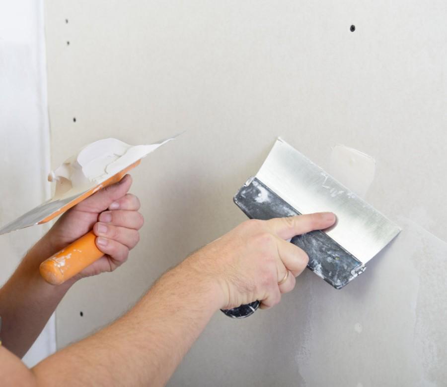 Как шпаклевать стены своими руками финишной шпаклевкой 79