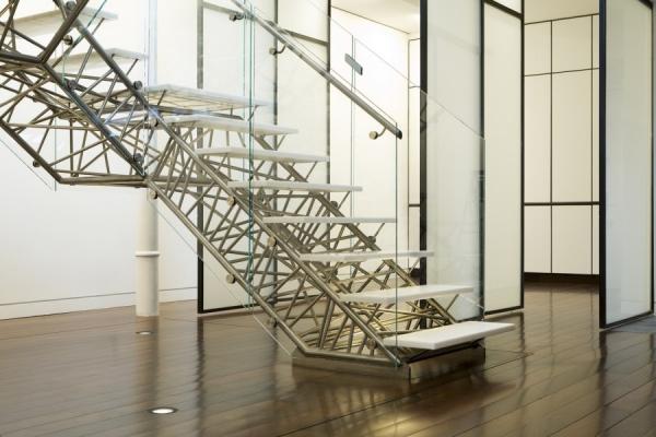 Ступени для лестниц: 95 фото современных видов и популярных материалов изготовления