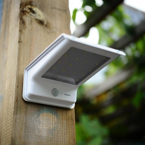 Светильник с датчиком движения: особенности монтажа и преимущества использования (85 фото)