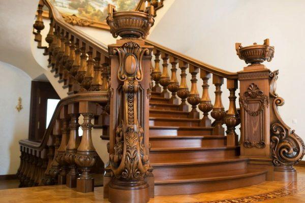 Что учитывать при постройке лестницы?