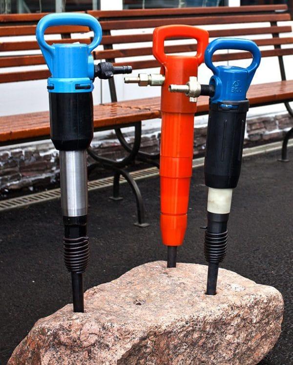 Отбойный молоток: разновидности и сферы применения инструмента.
