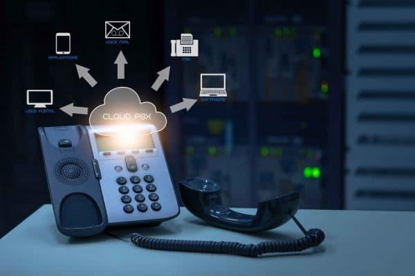 Как выбрать IP телефон в офис по ключевым параметрам