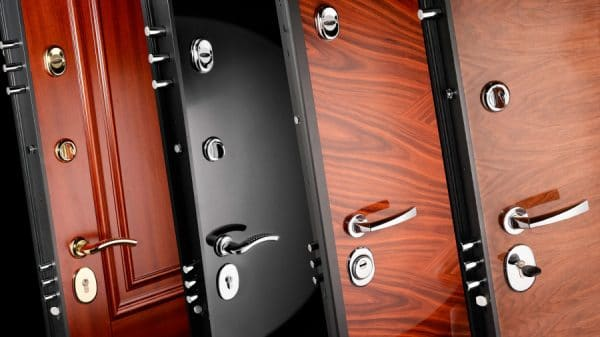 Особенности качественной входной двери