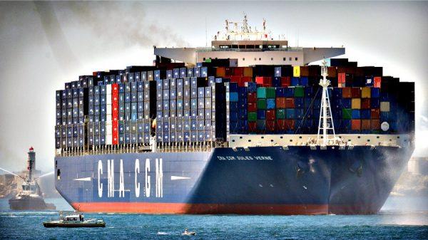 Морские контейнеры: почему в них удобно транспортировать грузы