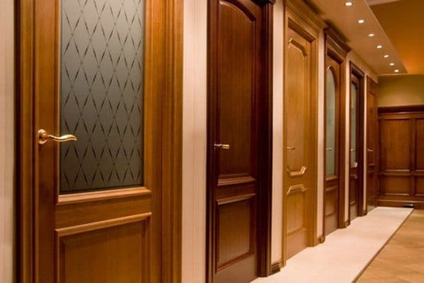 Обустройство интерьера: на что обратить внимание, выбирая двери?